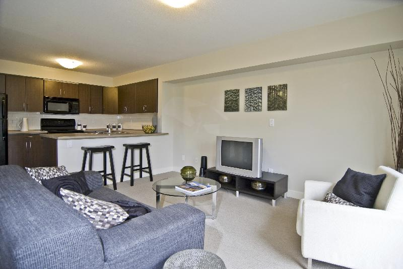 Photo gallery for 2 bedroom apartment in vancouver for Two bedroom apartment vancouver